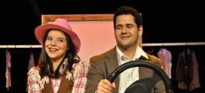 Pitty Webbo e Wagner Trindade, interpretam Mulheres Solteiras Procuram