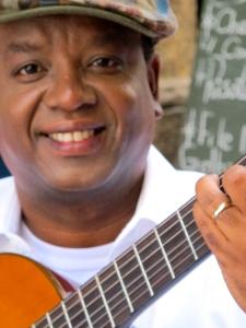 Jorge Maia em 'Bossa Brazil'_de 5 a 26 de junho_Teatro Café Pequeno
