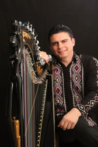 Marcelo Rojas harpista